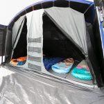 Dunkle Schlafkabine von aussen Zelt Skandika Nimbus 12 Sleeper