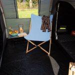 Blauer Skandika Campingstuhl Tofte aus Canvas Bambus