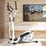 Skandika Crosstrainer Fint im Wohnzimmer mit Streaming über den Fernseher