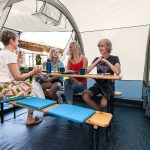 Wohnraum im Skandika Luftzelt Folldal 4 Air-Rise