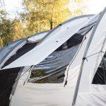 Fenster zum Abspannen als Sonnenschutz - Tunnelzelt Simo 4+